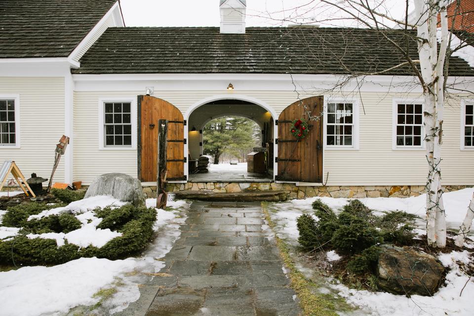 Wedding portrait locations - Riverside Farm archway