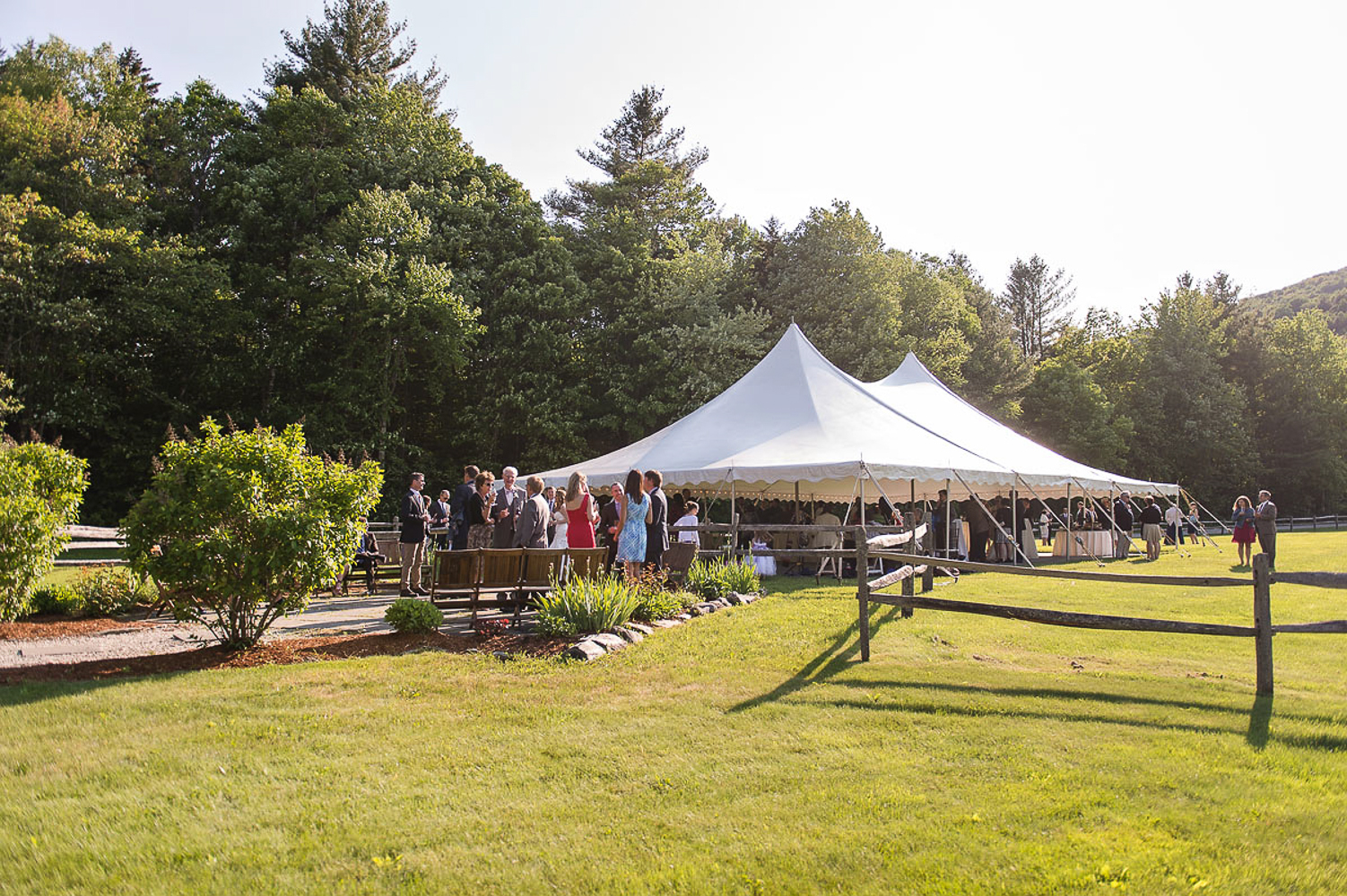 Do you need a Tent for Your Outdoor Wedding & Do you need a Tent for Your Outdoor Wedding - Vermont Weddings