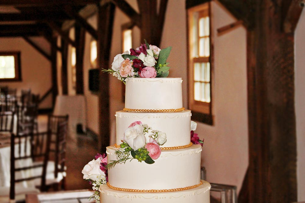 Details at Riverside Farm's Brown Barn - Cakes by Irene