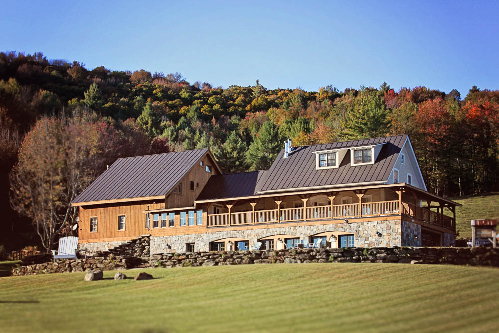 Real Vermont Wedding Details Amee Farm Lodge In Fall