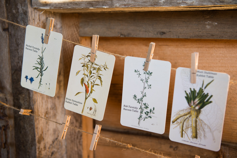 Clever rustic seed card wedding place cards