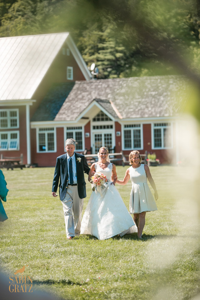 The Vermont wedding venue - red barn and meadow