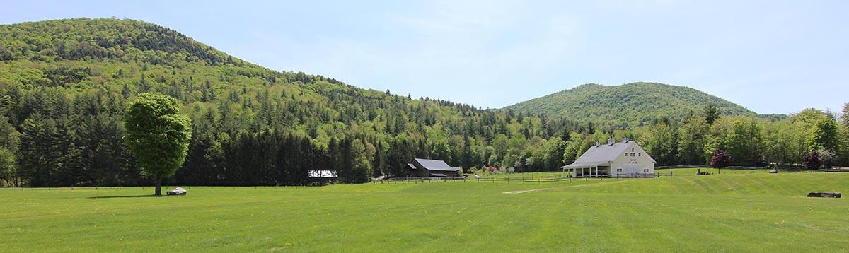 Vermont_Wedding_Riverside_Farm